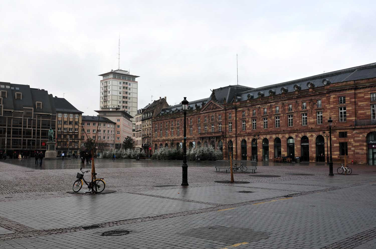 Kléber square and Sorg Tower