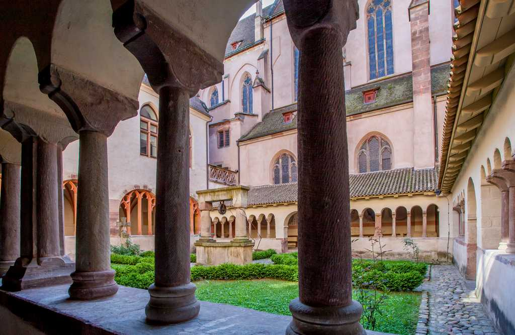 The cloister of Saint Peter the Young Protestant