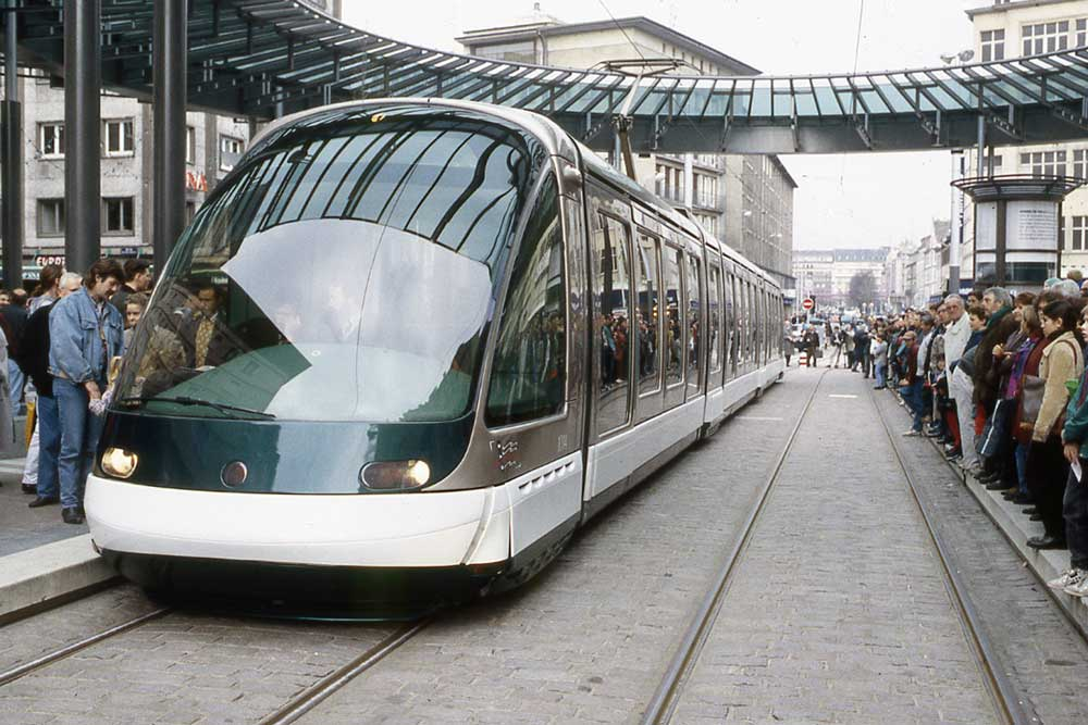 Strasbourg's first modern tram on the Homme de Fer square in 1994