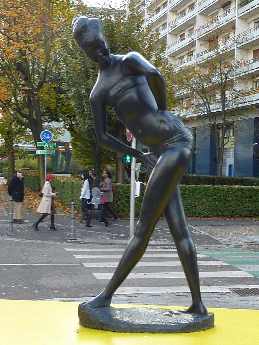 The statue of the Bather by Emilio Greco