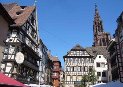 La place du Marché-aux-Cochons-de-Lait à Strasbourg