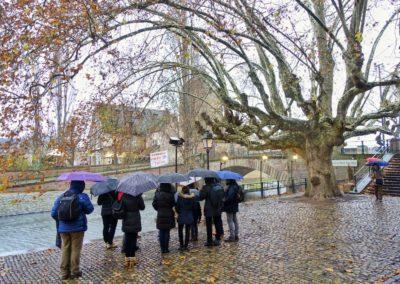 Visite guidée-guided tour sur le quai de la Bruche à Strasbourg sous la pluie