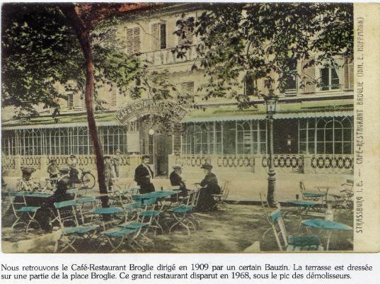 The Café Broglie