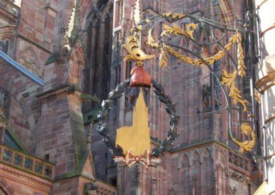 L'enseigne du bonnet phrygien de la cathédrale de Strasbourg