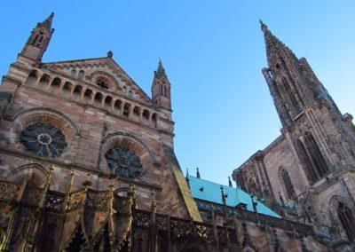 Vue sur la façade nord de la cathédrale de Strasbourg