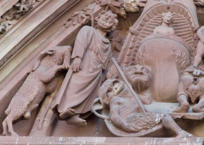 Détail de la Gueule de l'Enfer sur le tympan central de la cathédrale de Strasbourg