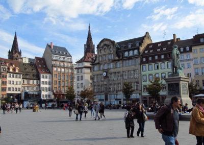 Vue sur la place Kléber de Strasbourg 640x480