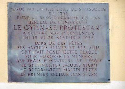 La plaque du Gymnase Protestant Jean Sturm de Strasbourg