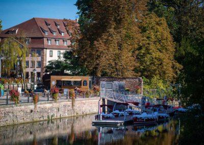 Visite guidée en bateau électrique à la base nautique de la Petite France à Strasbourg