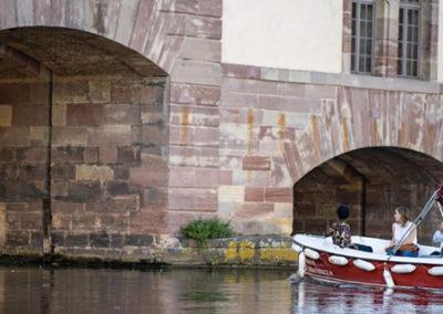 Visite guidée en bateau électrique à Strasbourg au Barrage Vauban à la Petite France